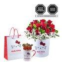 Sombrerera Lazos Hello Kitty con 12 Rosas y Bombones Sorini Rosatel