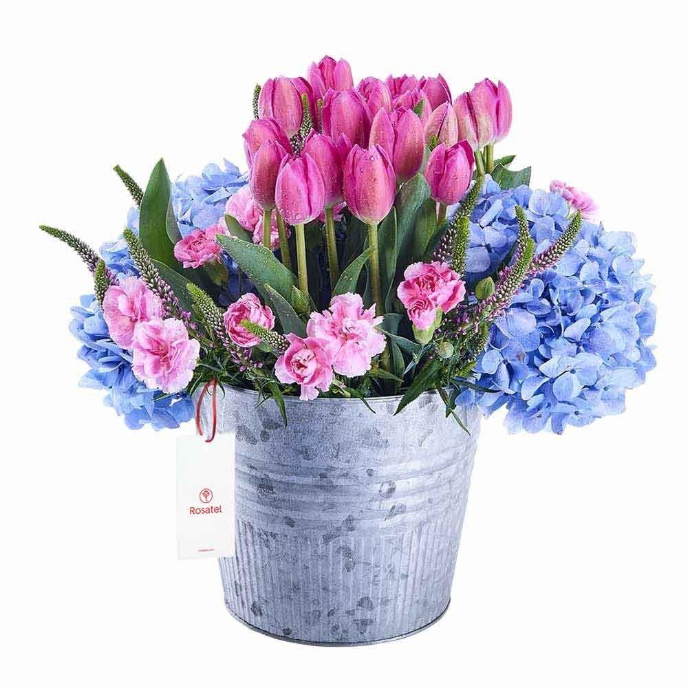 Lata con 20 Tulipanes y Flores