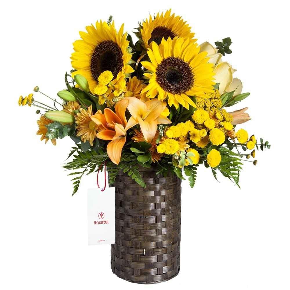 Canasta Tubo con Girasoles y Flores