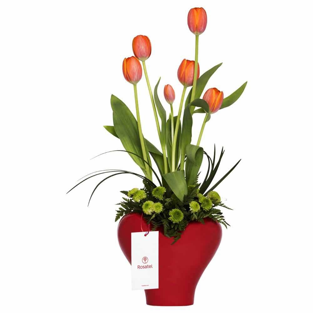 Corazón con 6 Tulipanes