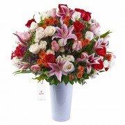 Lata Blanca con 30 Rosas